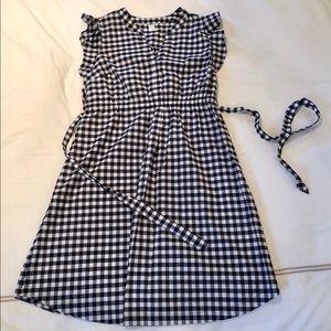 Old navy gingham maternity dress NWOT